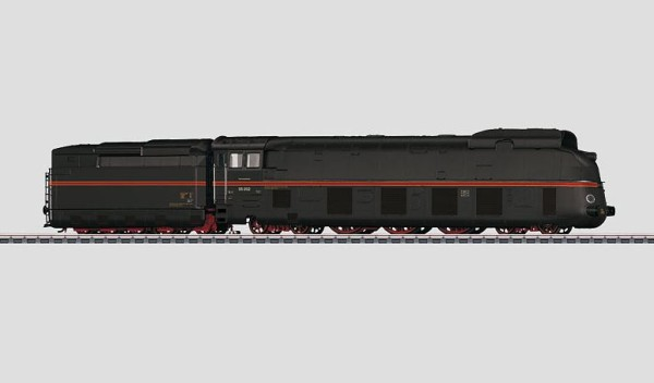Märklin 37051 Class 05 Streamlined Steam Locomotive