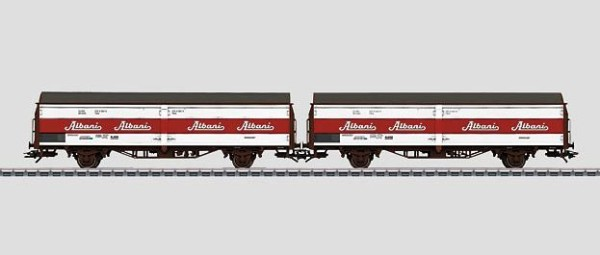 Märklin 48370 DSB Sliding Wall Boxcar Set