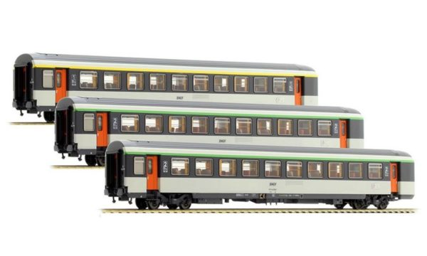 LS Models 40136 SNCF Corail Passenger Car Set