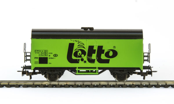 Märklin 4415 Lotto Green Refrigerated Wagon