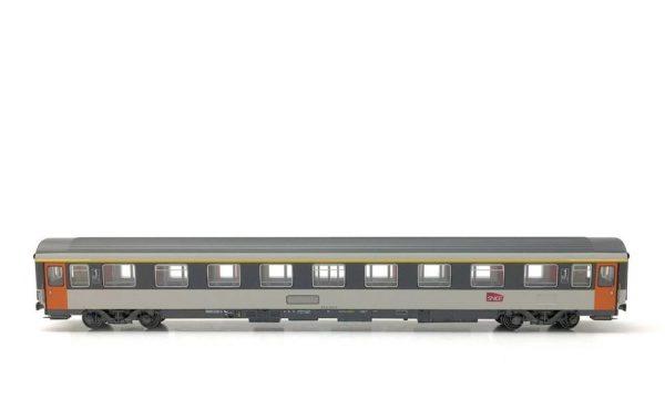 LS Models 40 370 1st Class Corail Car