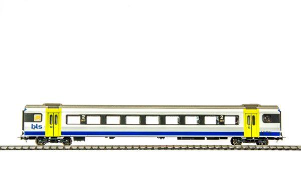 Liliput L388794 BLS NINA 2nd Class Passenger Car