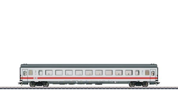Märklin 43765 InterCity 2nd Class Open Seating Car