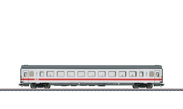 Märklin 43766 InterCity 2nd Class Open Seating Car